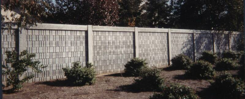 Concrete Fence Walls : Precast concrete fences