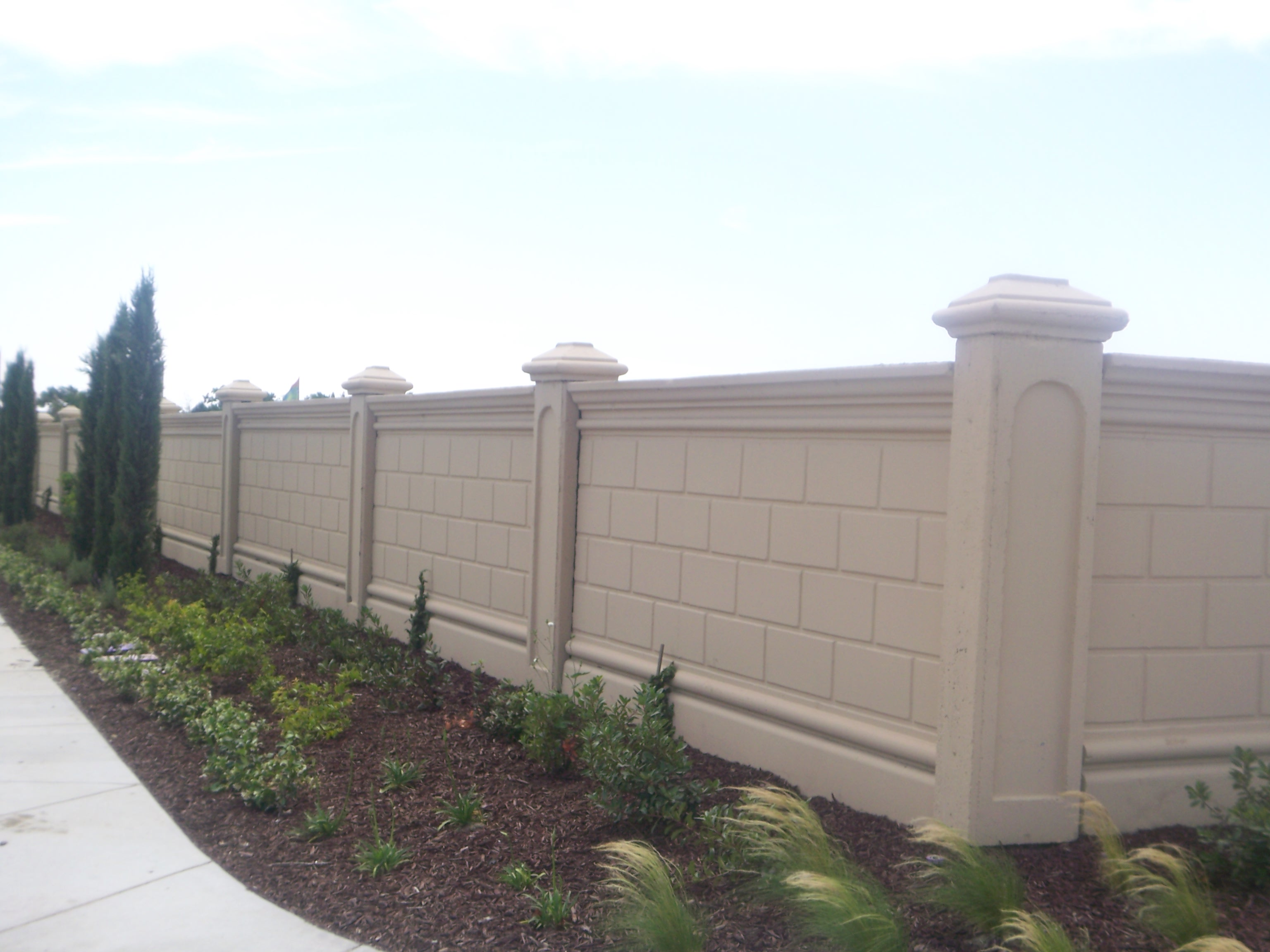 precast concrete wall concrete fence products by design industries inc 1 559 675 3535 - Concrete Walls Design